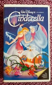 DISNEY Cinderella VHS Black Diamond Classic Red Label Edition NEAR MINT 1988