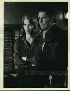 1979 Press Photo Actors Mariette Hartley, James Garner on ...