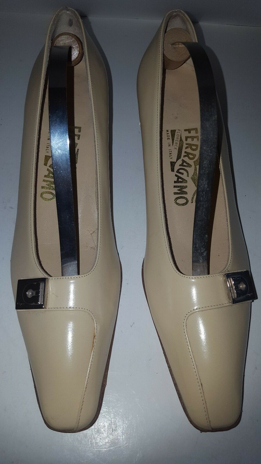 Salvatore Ferragamo Florence Nude Womens shoes Kitten Heels  Pointy Toe 7A 7 A