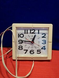Vintage Timex Electric Kitchen Clock