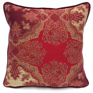 Cuscini Etro Prezzo.Cuscino Decorativo In Tessuto Etro Agapanthus Velluto Rosso