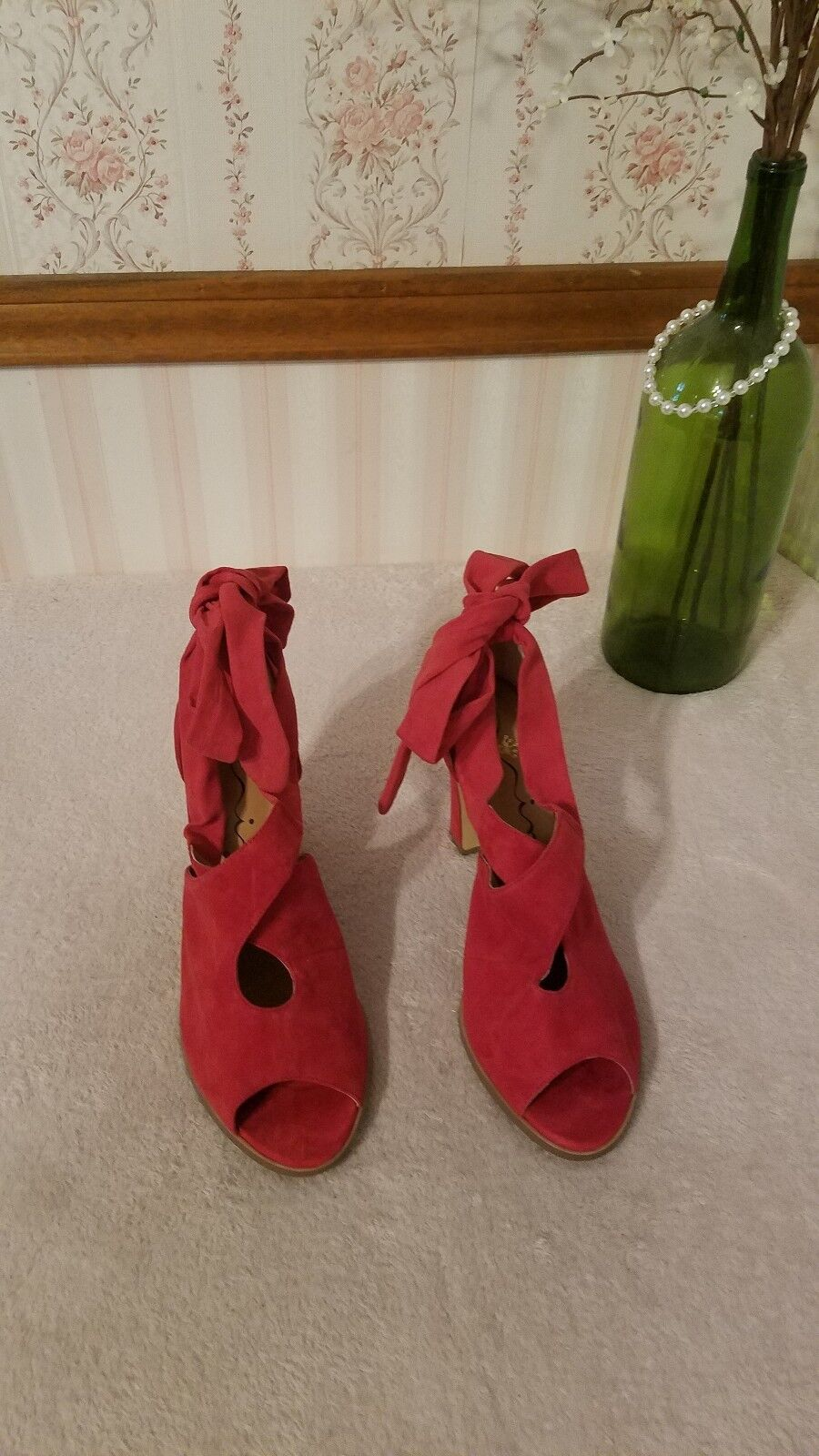 Nina Originals Serena Ankle Wrap Pump Red Suede block heel size 8.5  168
