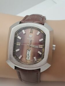 RARE-Vintage-Nivada-mustang-74-Automatic-Men-039-s-watch-FHF-908-swiss-made-1970s