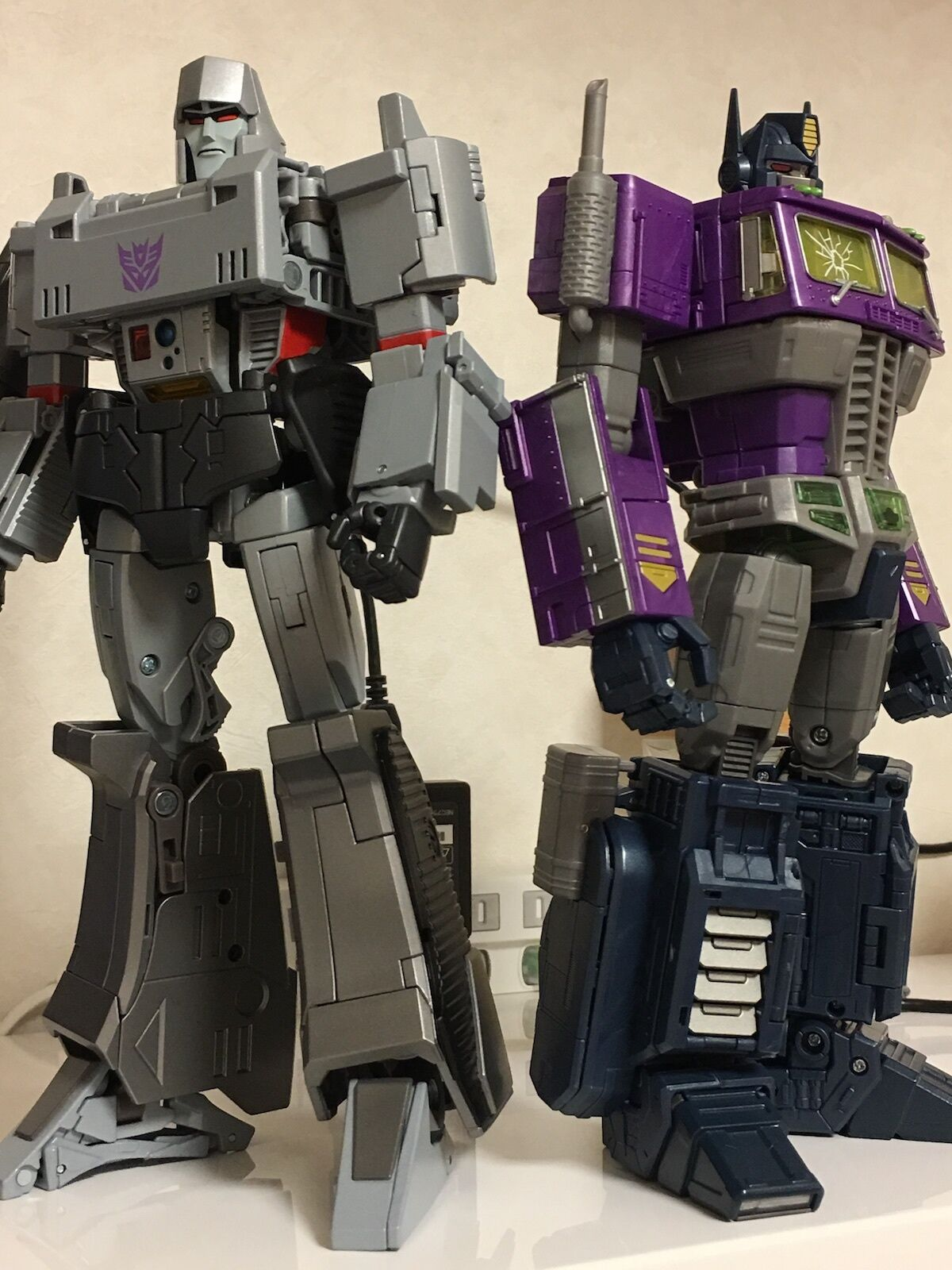 Rare TRANSFORMERS Shattered Glass Masterpiece OptimusPrime & MP-36 Megatron set