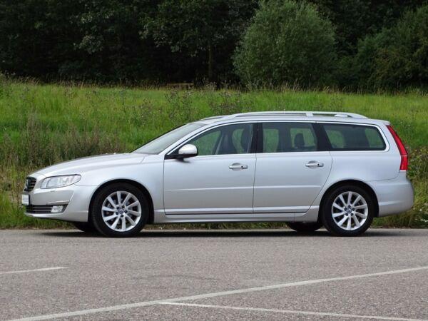 Volvo V70 2,0 D3 150 Summum aut. - billede 2