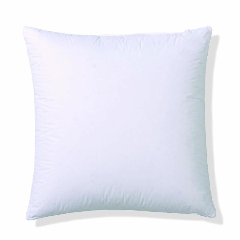Centa Star Kissen Classic soft in 80x80 cm 50% Daunen und 50% Federn 7497.02 | Sehen Sie die Welt aus der Perspektive des Kindes