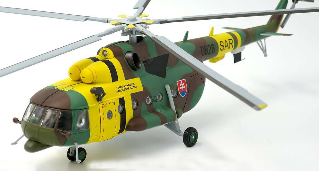 JC Wings 1 72 Slovak Air Force Mil Mi-17 Hip, 1st SAR Squadron, 0820 with Stand