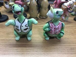 Cartoon Turtle Salt /& Pepper Shakers Made In Japan