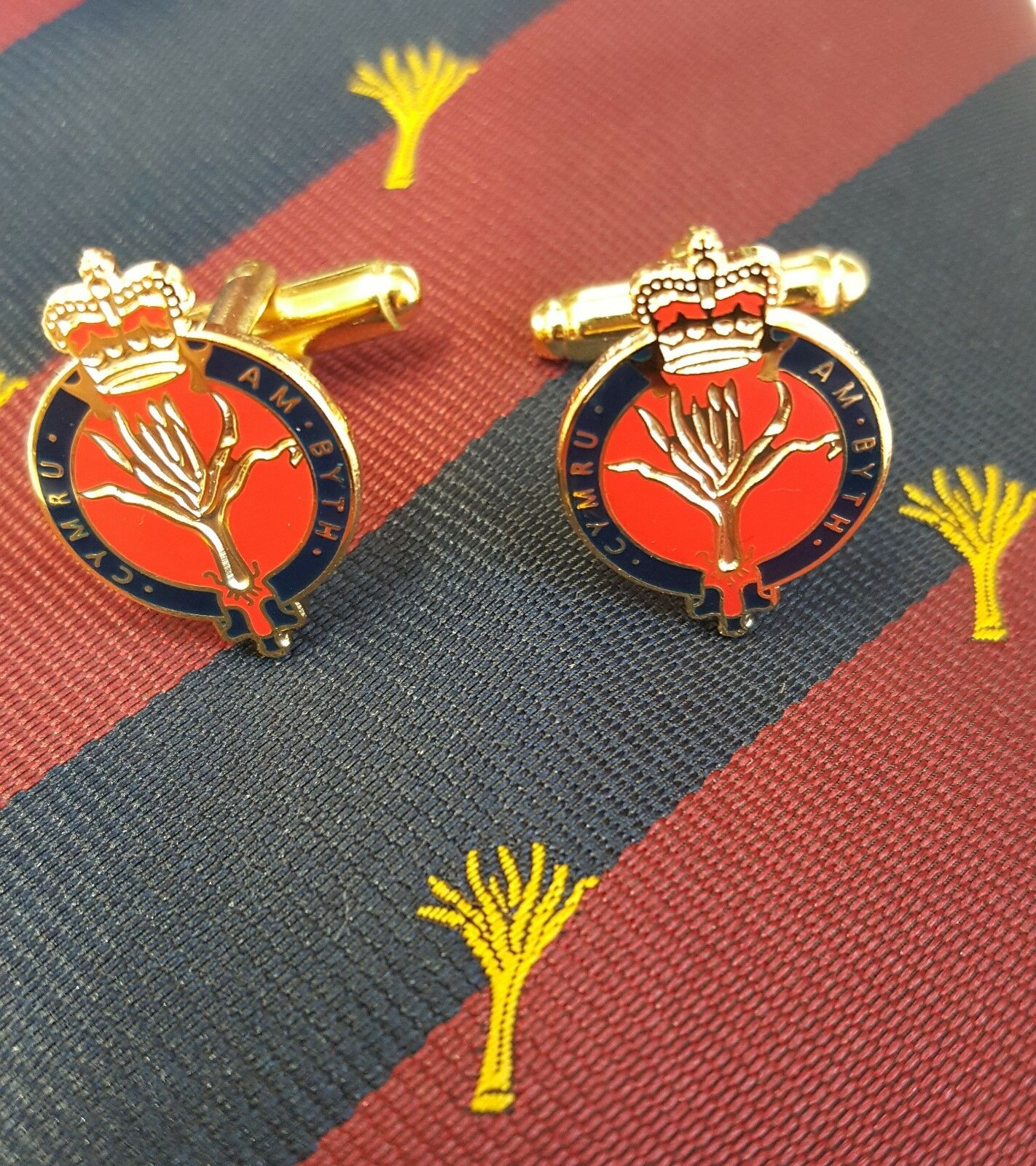 Welsh Guards polyester Jacquard Tie and Cuff Links Gift set