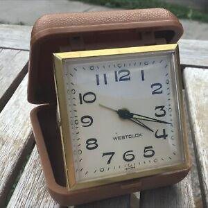 Vintage-Westclox-Travel-Alarm-Clock-Plastic-Case-Wind-Works-Hands-Glow-in-Dark