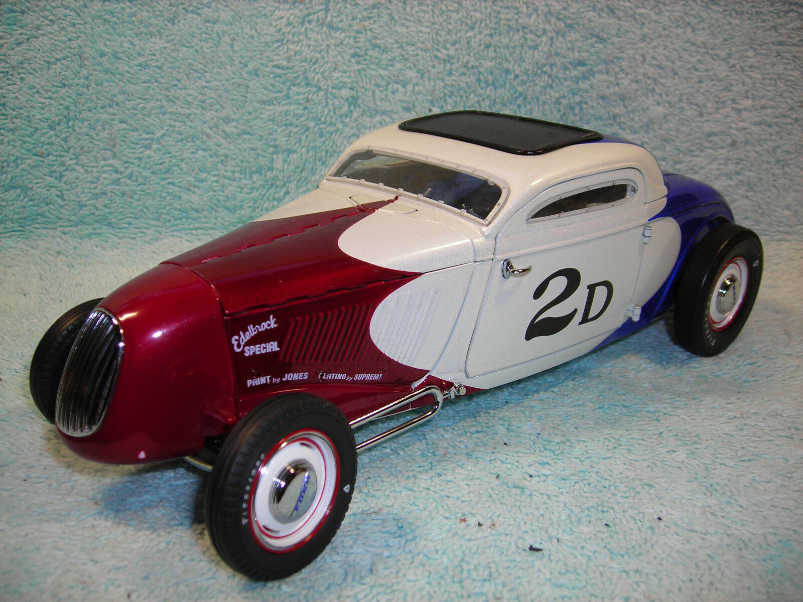 1 18 SCALE DIECAST 1934 FORD HOT ROD COUPE IN rot\Weiß\Blau BY ACME GMP.