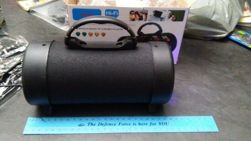 Bluetooth hifi speaker new