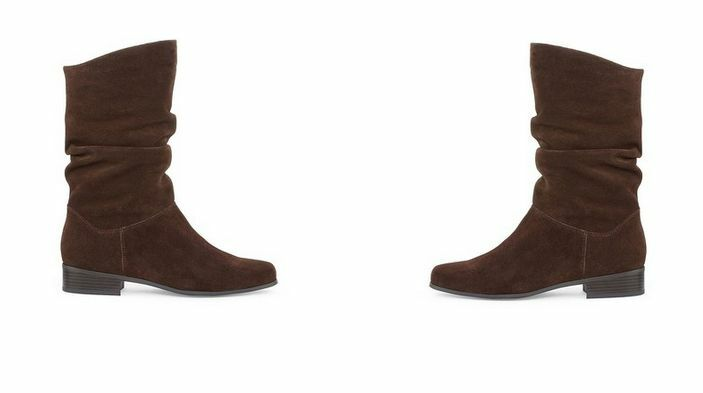 WOMEN'S St. John's Bay BOOTS MULTIPLE SIZES AND STYLES  MSRP