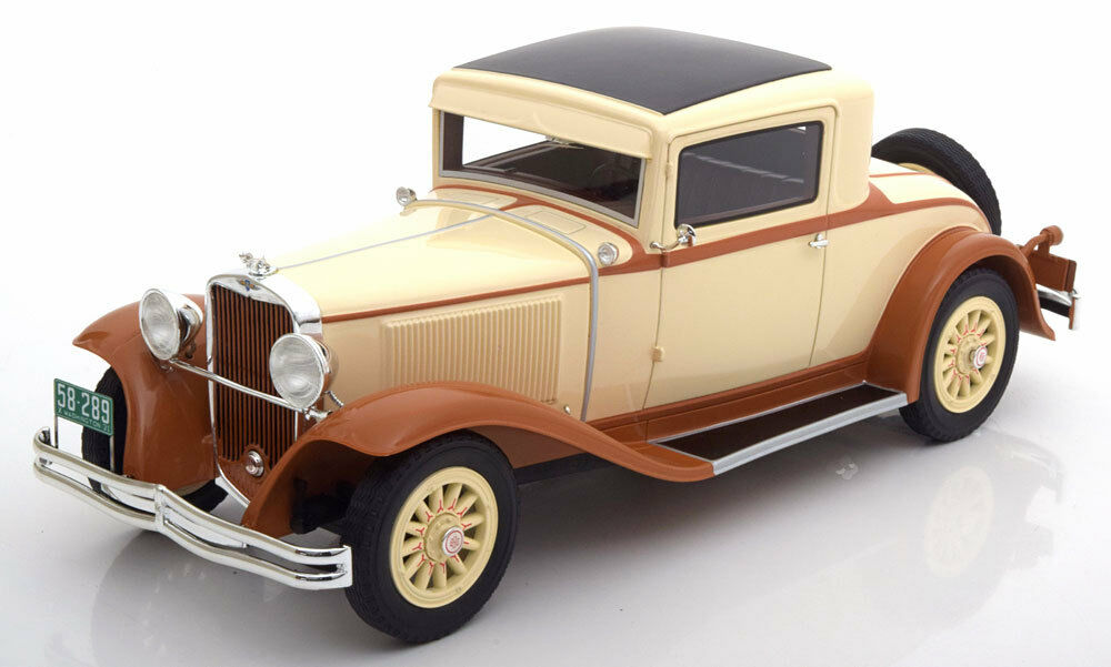 1931 Dodge Eight DG Coupe Creme braun by BoS Models LE of 504 1 18 Scale New