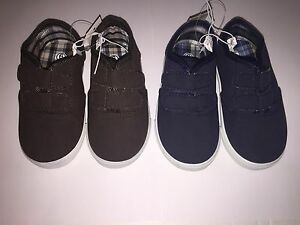 9 7 8 Sizes 5 Boy/'s Brown or Blue Dollar General Touch Fastener Shoes 6 10