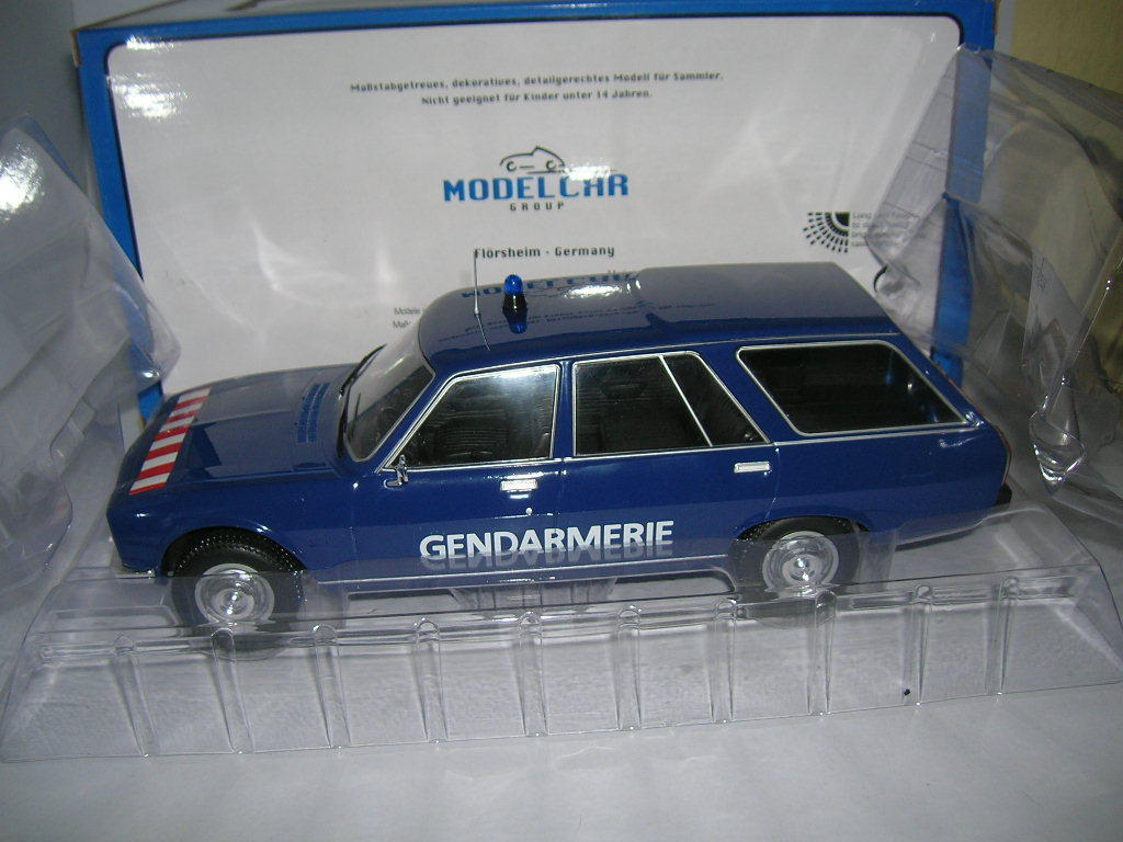MODELCAR Group PEUGEOT 504 Break Gendarmerie Police bleu 1 18 18 18 mcg18036 116086