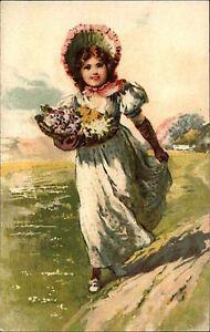 Scheda-di-artisti-arte-cartolina-1930-Ragazza-Donna-con-mazzo-di-fiori-in-montagna