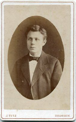 Orig. Pappfoto Drossen /osno Lubuskie Atelier J. Titz Junger Mann/anzug Um 1900