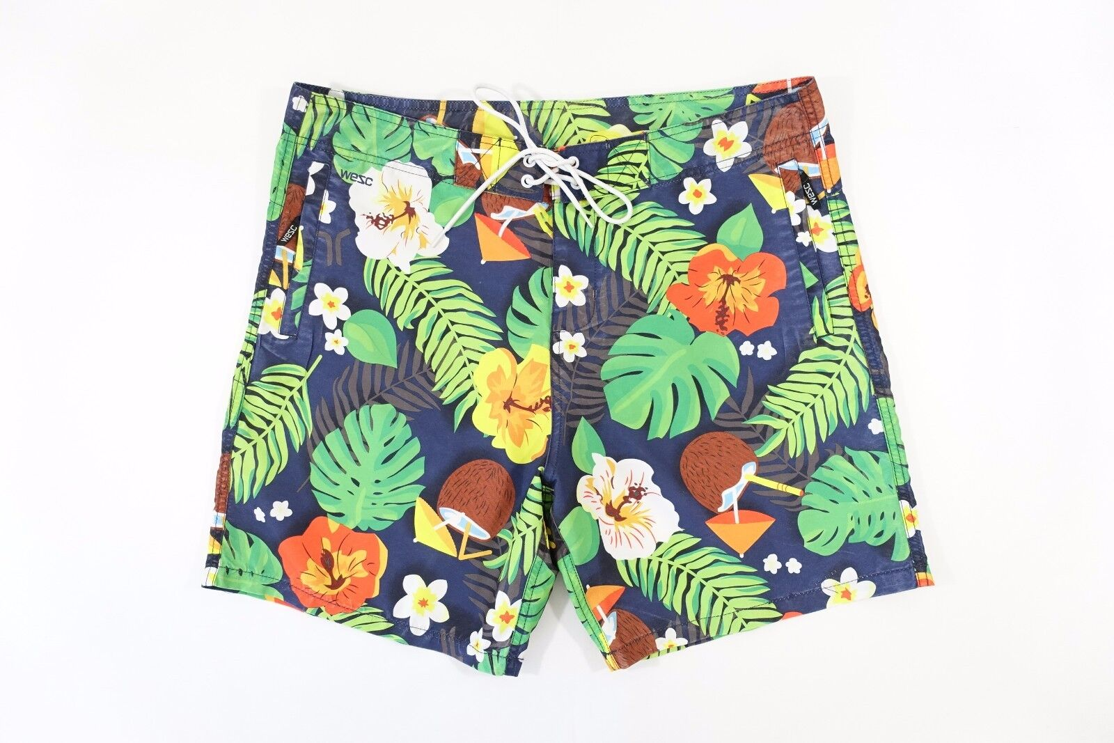 WESC WE ARE SUPERLATIVE GROUP TROPICAL FLORAL LARGE 36 SWIM BOARD SHORTS NWT