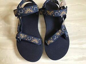Teva Womens Original Universal Sandals Sun and Moon Blue Water Hiking Size 9 NEW