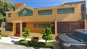 Ciudad Brisa  Casa con Terraza en Naucalpan