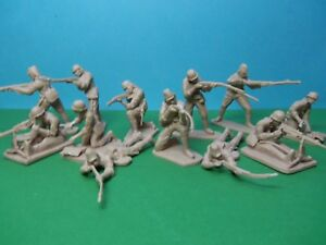 CTS-1-32-scale-WWII-Japanese-Infantry-x12-tan