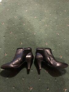 Size Black Black Boots Boots Women's Women's Size 5 Women's Black 5 z4xq7WZ