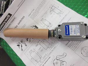 8LS152-8LS152-4C-Honeywell-Precision-Limit-Switch-NEW-in-box