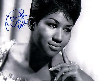 ARETHA FRANKLIN SIGNED 8X10 VINTAGE PHOTO RESPECT THINK GRAMMYS HALL OF FAME