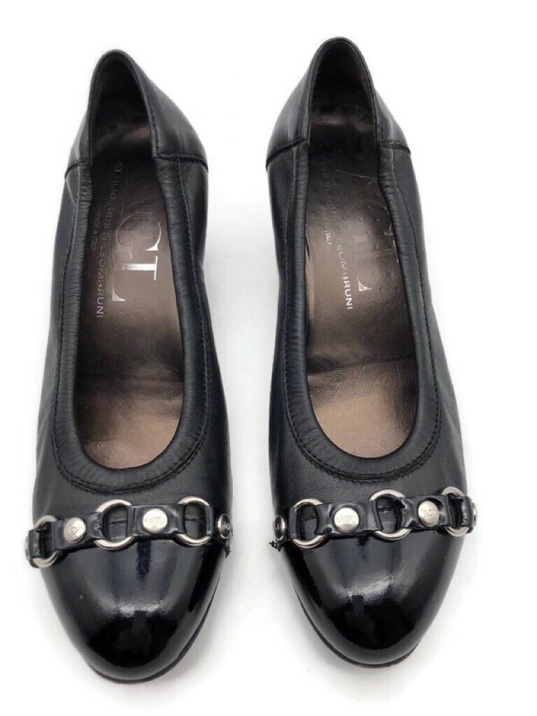 AGL Womens Classic Pump Cuban Heels Shoes Black Leather Slip On Chain Accent 8.5