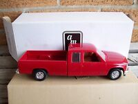 Amt/ertl 6160, 1993 Chevrolet C-1500 Extended Cab Pickup Truck Victory Red,