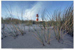 Leinwand-auf-Keilrahmen-Insel-Sylt-III-von-Rossmeissl-Bild-Leuchtturm-Duenen-Foto