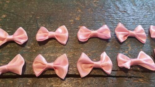 10 kleine rosa Schleifen Set basteln 4cm Schleifchen Verzieren Applikation Nähen