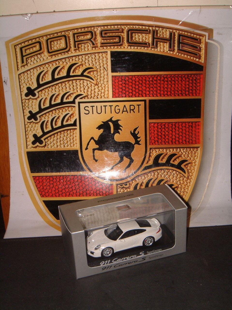 PORSCHE DESIGN DRIVER'S SELECTION  SPORTDESIGN  911 1 43 SCALE MODEL  NIB