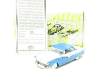 MATCHBOX-Collectibles-DYG12-M-1956-Ford-Fairlane-Blu-Bianco-1-43-scala-in-Scatola