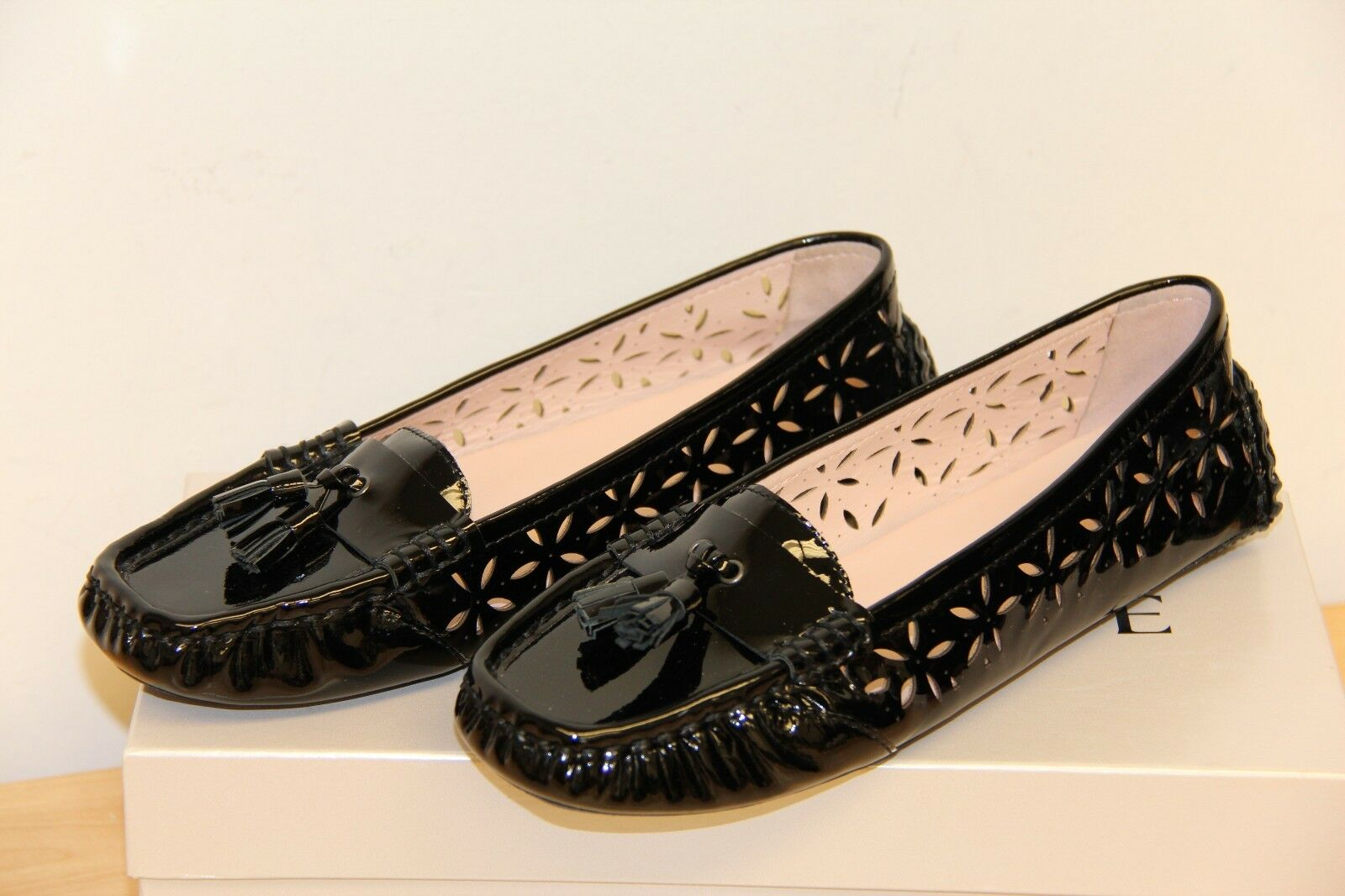 NIB Taryn pink CARISSA CARISSA CARISSA Soft Patent Leather Slip On Flats Loafers Sz 6 BLACK 5028c9