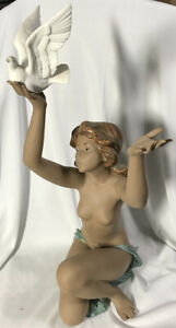 Lladro Nude Figure ~ PEACE OFFERING ~ Girl With Dove, #3559 Extremely Rare!