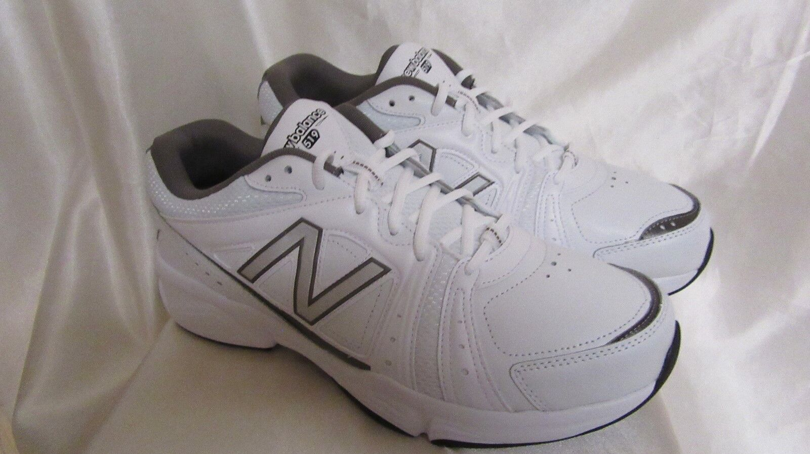 Uomo`S 8 NEW BALANCE ATHLETIC SNEAKERS SIZE 8 Uomo`S  MEDIUM  NEW MX519WG WHITE ba380f