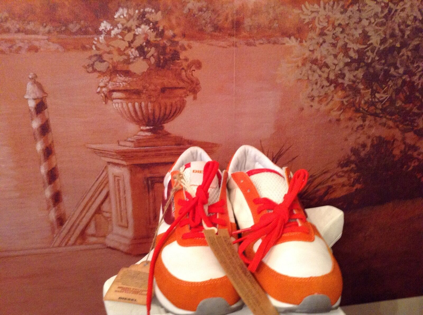 Diesel sherun sherun sherun womens white  orange shoes size8 8e8ba6