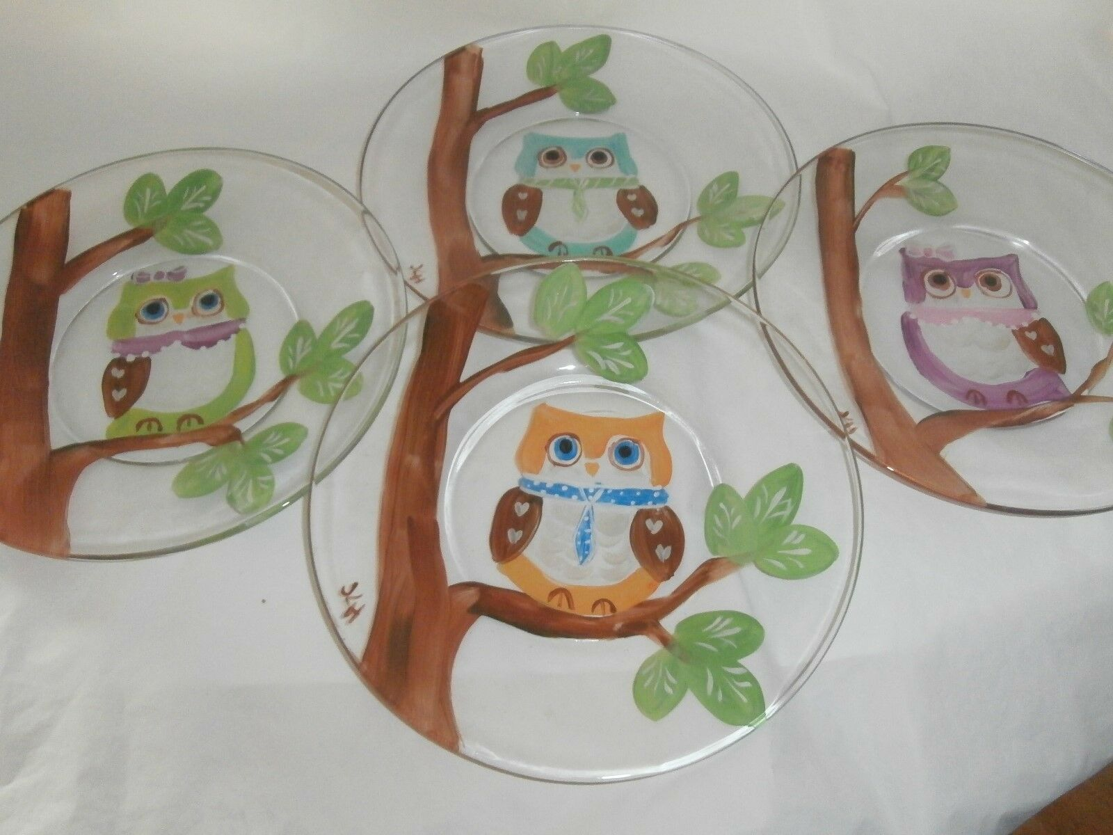 HAND PAINTED OWLS IN A TREE. . SET  4 -7INCH PLATES  MADE IN USA