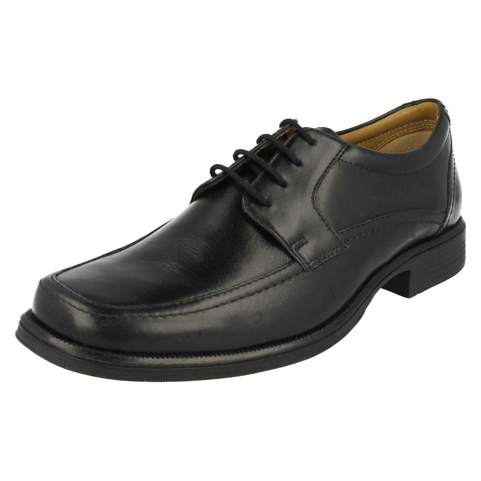 Uomo Clarks Handle Spring Scarpe stringate in pelle nera Calzabilità G Scarpe classiche da uomo