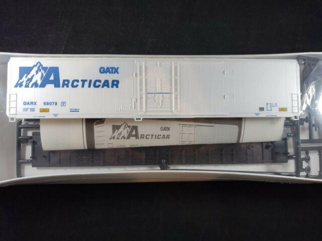 Walthers HO Scale GATX GARX Arcticar 70' Cryogenic Reefer Kit 932-5451