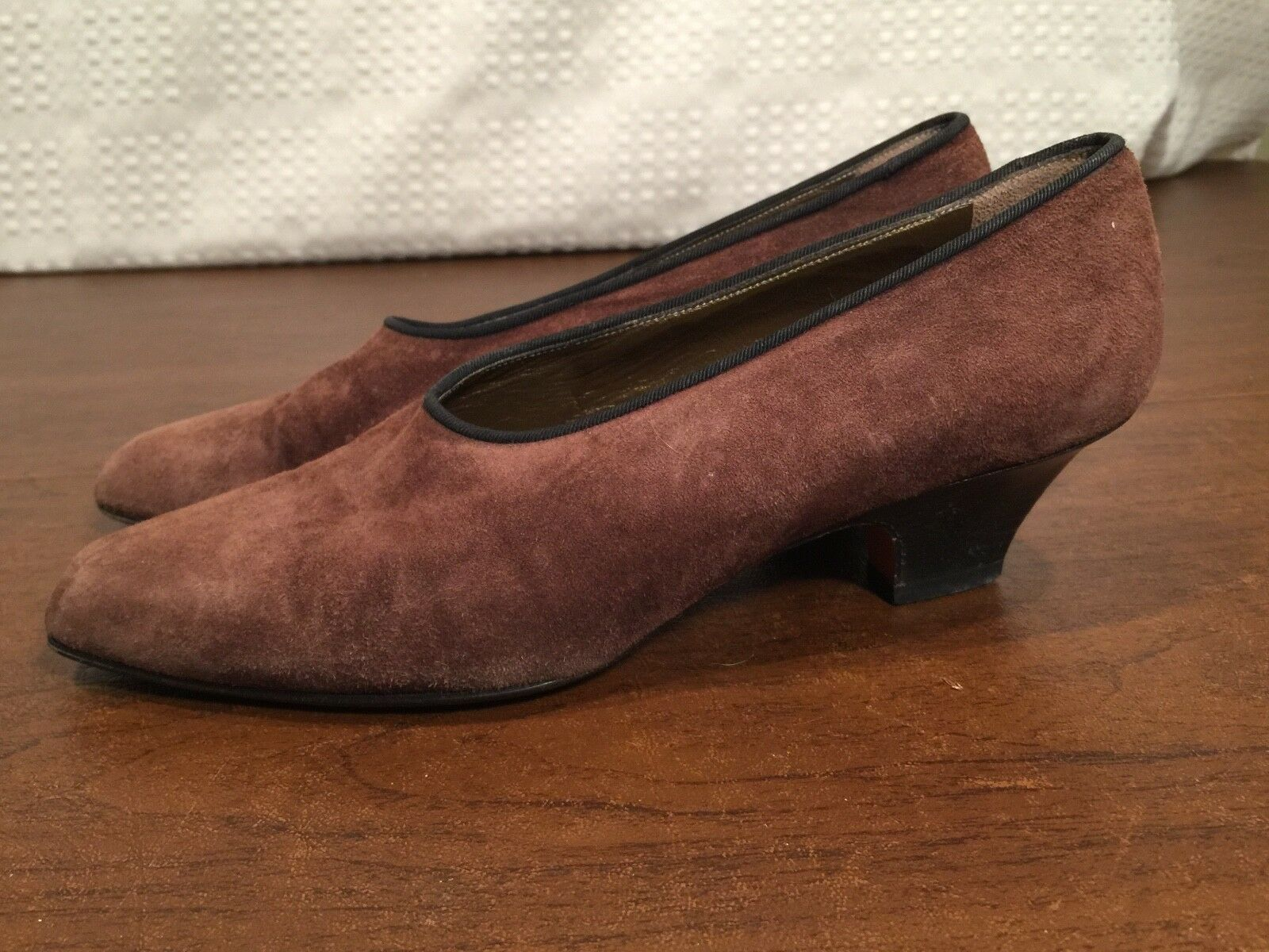 Authentic YVES SAINT LAURENT YSL Braun Suede Low-Heel Pumps Heels Größe 6.5