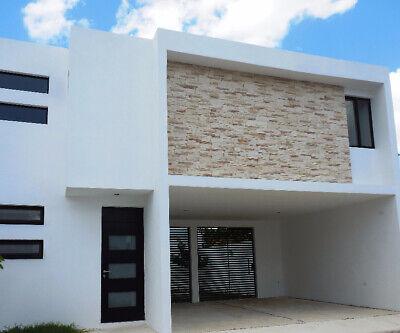 Casa en renta en privada en la Colonia Maya- BL
