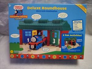 Thomas Friends Deluxe Roundhouse Electronic Play Set LC8102. LOOK ...