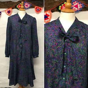 VINTAGE-1970s-PUSSY-BOW-DRESS-SIZE-16-MOD-RETRO-PURPLE-PINK-PAISLEY-FLARED
