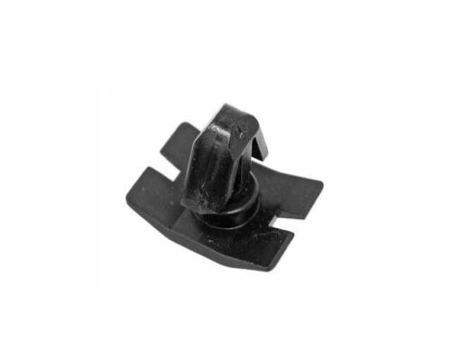 Auxiliary Fan Shroud Clip OEM 001-80-11241 202 988 01 42