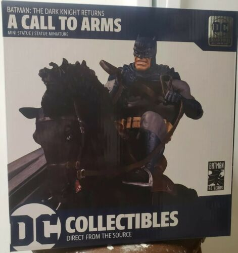 appel aux armes Mini combat statue DC Collectibles DARK KNIGHT RETURNS