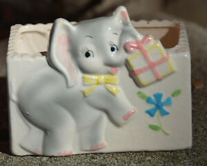 Vintage-BABY-ELEPHANT-with-Present-JAPAN-Small-Ceramic-PLANTER-Flower-2-5-x-4-034