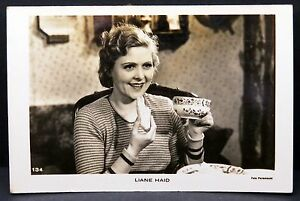 Liane-Haid-AK-Foto-Autogramm-Karte-Photo-Postcard-Lot-F1235